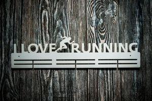 Деревянный держатель для медалей I love Running (я люблю бегать)