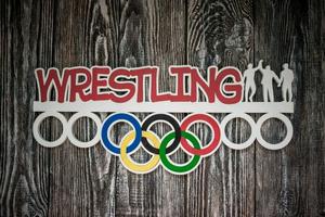 Деревянный держатель для спортивных медалей Wrestling (Борьба)