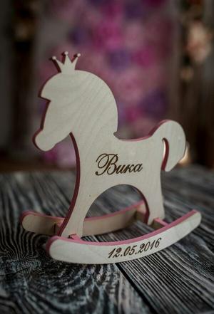 Лошадка декоративная с именем и метриками
